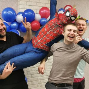 Человек паук на празднике в Минске